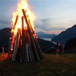 Die SVP zündet Freiheitsfeuer in allen Schweizer Kantonen
